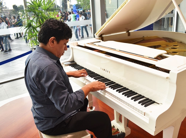Show Musical de Piano  - Mall del Sur