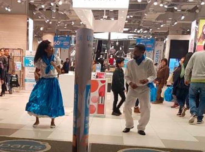 Baile Criollo - Paris  - Mall del Sur