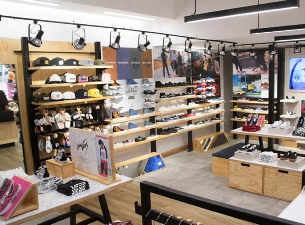 VANS  - Mall del Sur