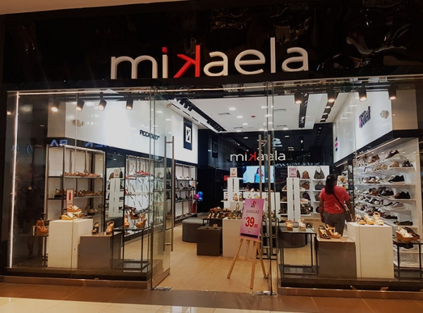 Mikaela - Plaza Norte